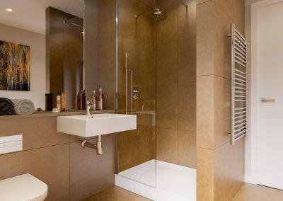Apt-116-Bathroom-800x620